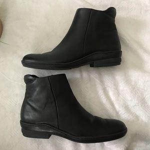 David Tate Wmns Sz 8 Black Leather Flat Ankle Boot